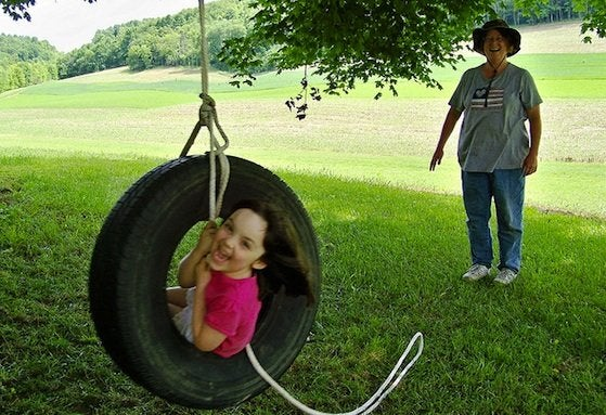 How to Make a Tire Swing - Project Completion