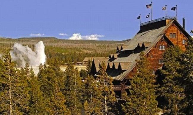 Yellowstone Old Faithful Inn