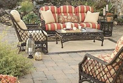 How to Winterize Patio Furniture - Camino