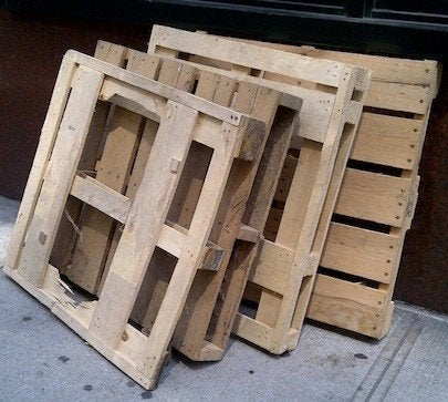 where-to-find-shipping-pallets