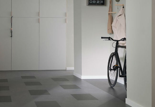 Linoleum Flooring in the Mudroom