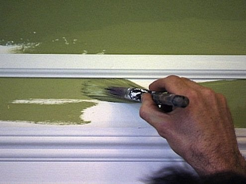 How to Paint Trim - Painting around Molding