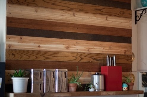 curbly-megallancole-reclaimed-wood-wall-treatment-img_3445
