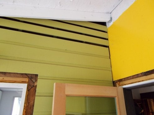 RenovationRoadTrip-86nit-German-paneled-existing-wall-Photo2
