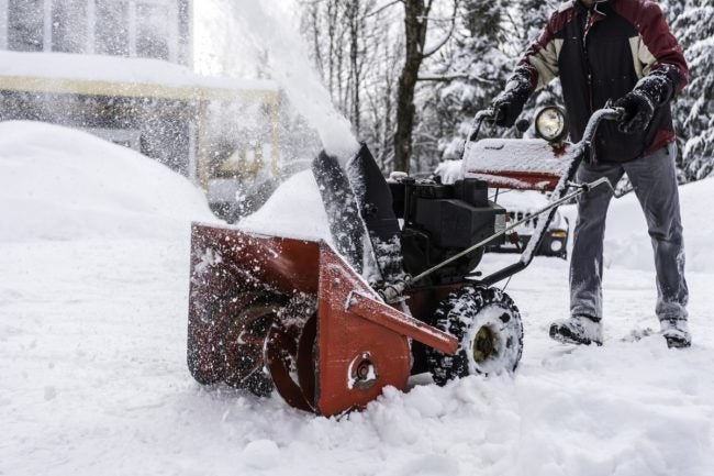 7 Tips for Snow Blower Maintenance