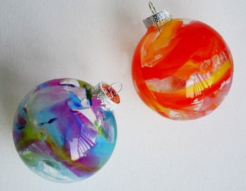 DIY Melted Crayon Ornaments