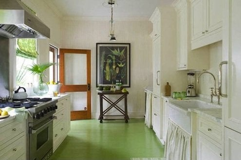 How to Paint a Wood Floor - Green