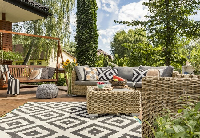 Choosing The Best Outdoor Rug Bob Vila