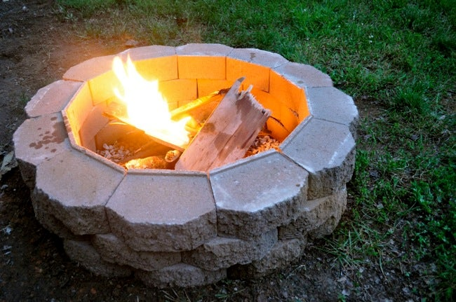 Build a Fire Pit in Your Backyard
