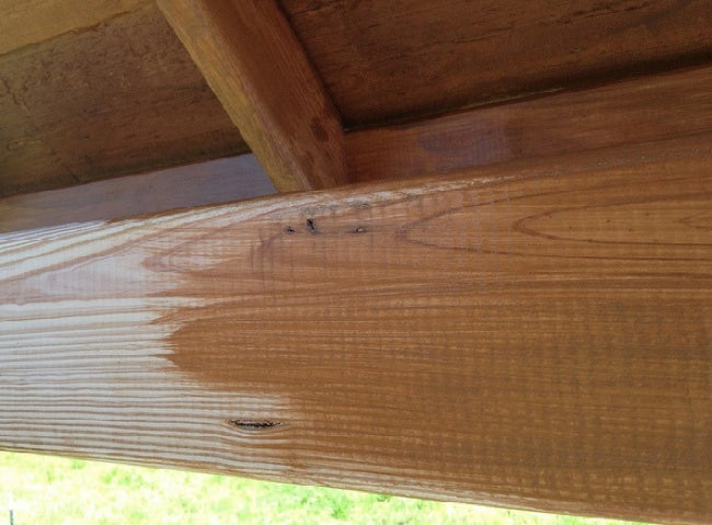How to Stain Outdoor Wood - Application