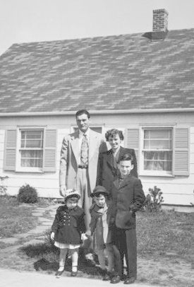 How Old Is My House? - Levittown