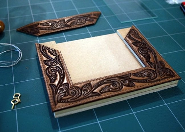 Reuse Leather Belts - Picture Frame