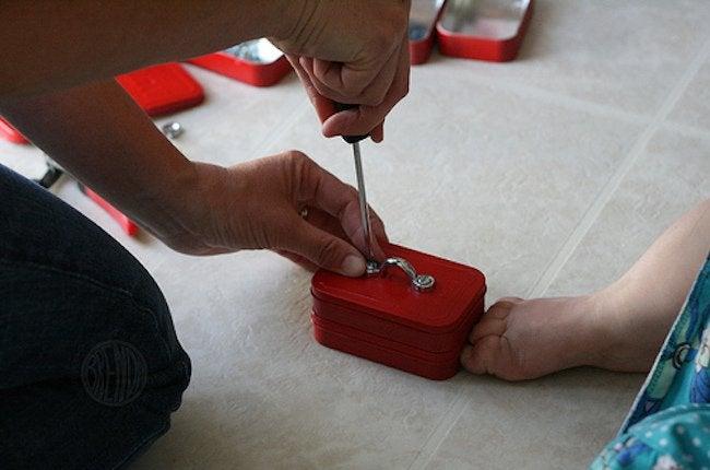 Altoid Tin Projects - Mini Toolbox