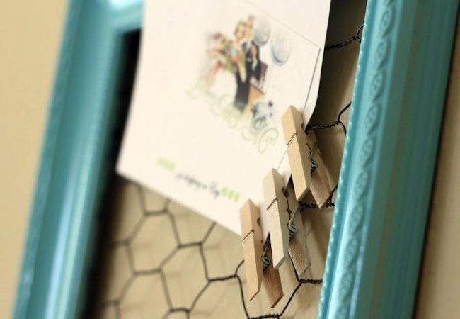 DIY Bulletin Board - Chicken Wire Frame