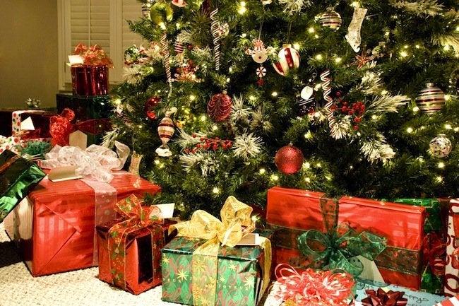 Christmas Tree Water.How To Keep A Christmas Tree Fresh Bob Vila