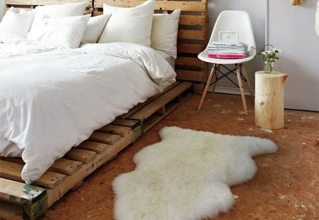 DIY Platform Bed - Pallets