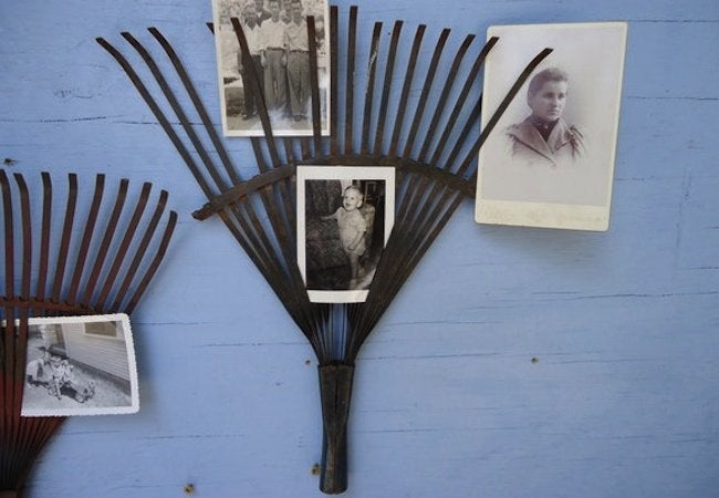 Repurposed Rake Projects - Picture Holders