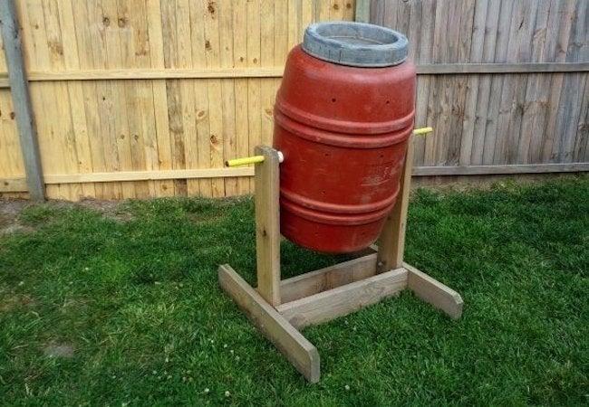 DIY Compost Bin - Tumbler