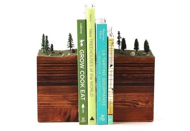 DIY Bookends - Dioramas