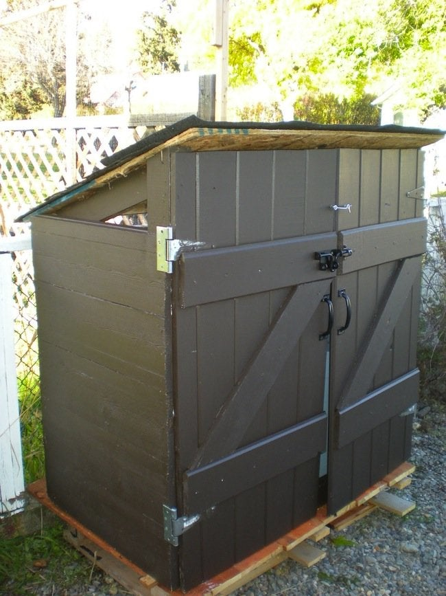 Diy Garbage Shed Brown