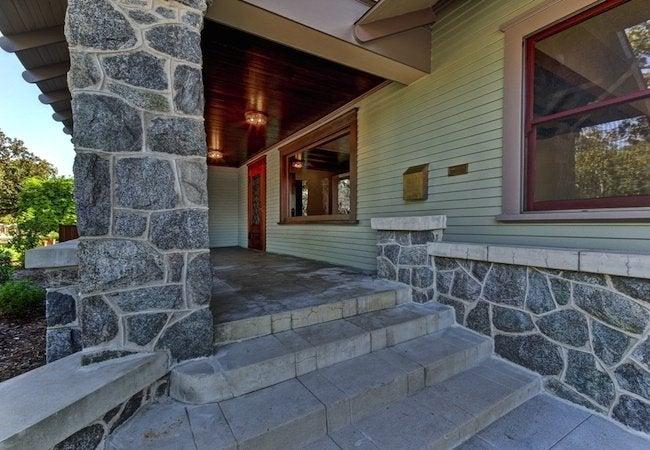 Craftsman Restoration - Entryway