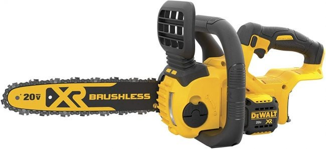 Best Chainsaw: DeWalt