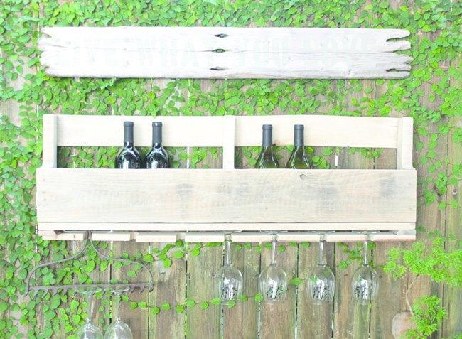 Wood Pallet Ideas - Wine Rack