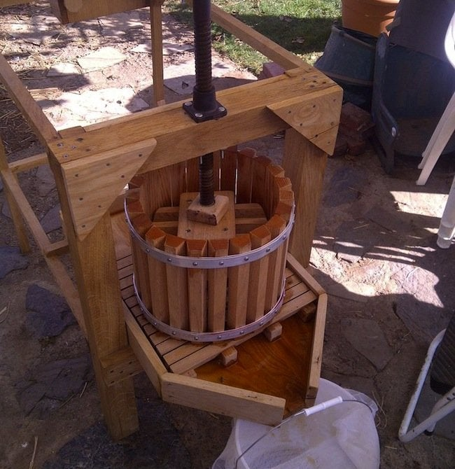 DIY Apple Cider Press - pressing