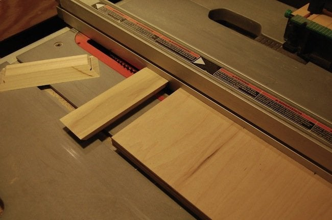 DIY Gramophone - cutting the top miters