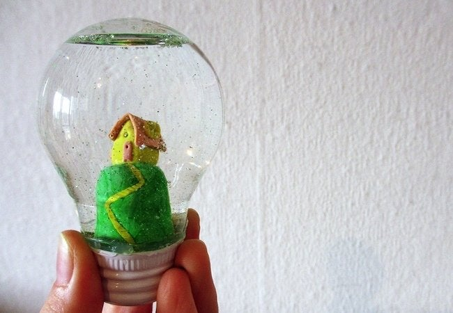 DIY Snow Globe - Light Bulb