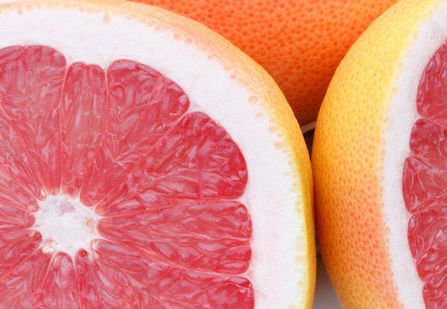 Clean Your Bathtub with Grapefruit
