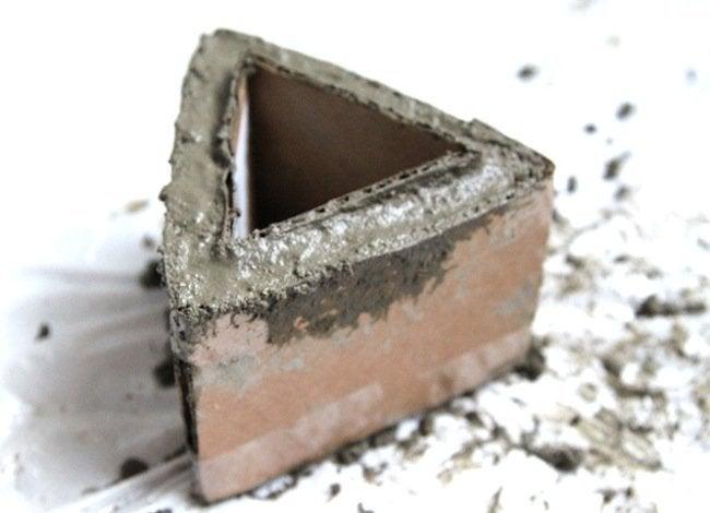 DIY Concrete Modular Planter - Pour