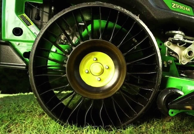 Michelin Tweel - Detailed Look