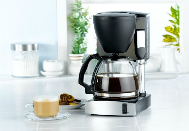 Cleaning a Coffee Maker with Vinegar