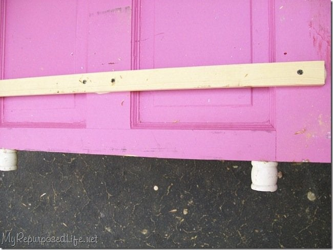 DIY toddler bed - cleat