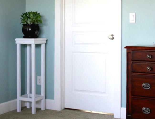 DIY Plant Stand - Corner Stand