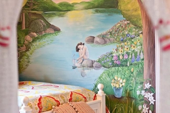 Mural Artist - Kids' Room Mural