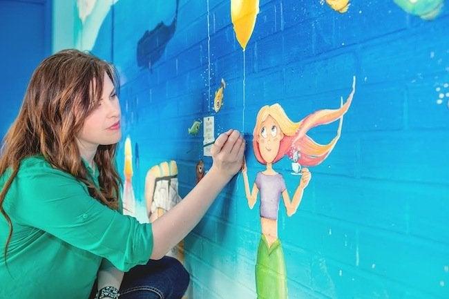 Mural Artist - Beth Snider