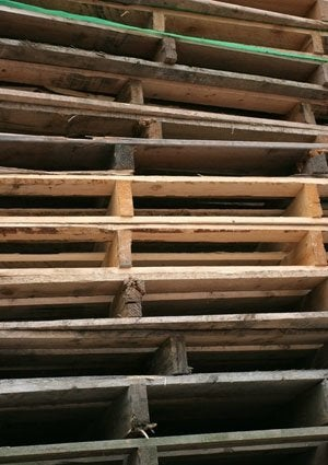Where to Find Pallets - Stack of Cheap Wood Pallets