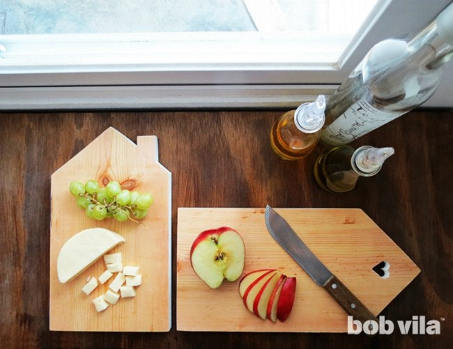 DIY Cutting Board - Easy Kitchen Project