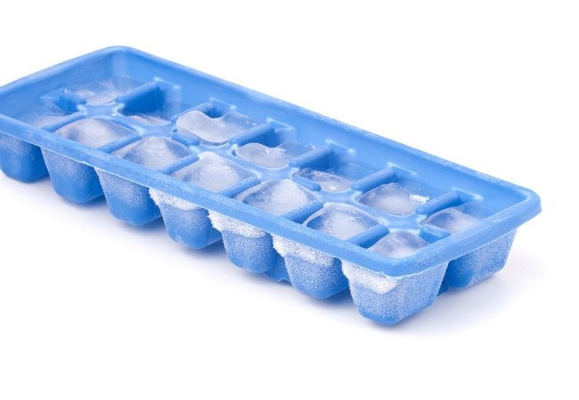 how to get smell out of ice cube trays