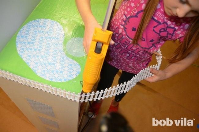 How to Build a Dollhouse - Step 8
