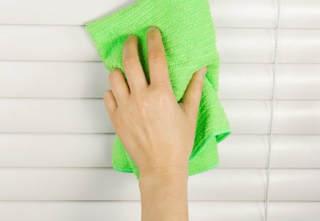 Best Way to Clean Blinds - Wipe Down