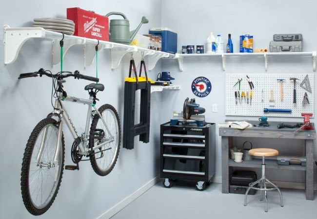 Gentil DIY Garage Shelves