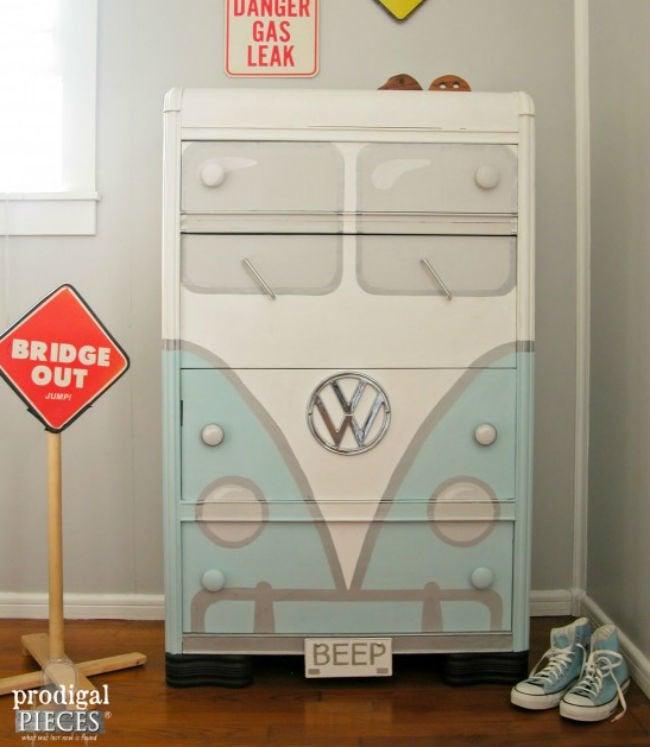 Bob Vila Thumbs Bus Dresser
