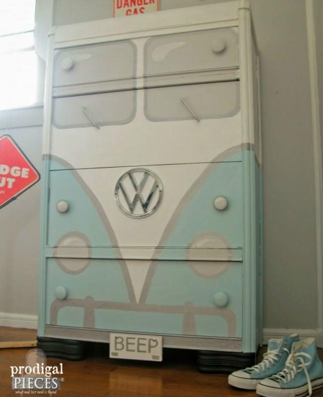Bob Vila Thumbs Bus Dresser 3