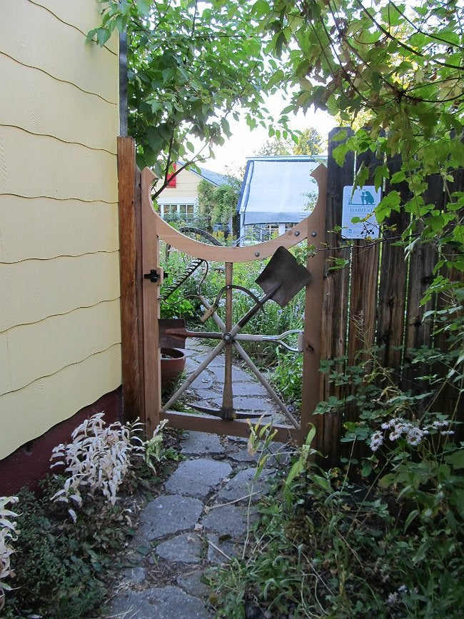 diy fence gate - 5 ways to build yours
