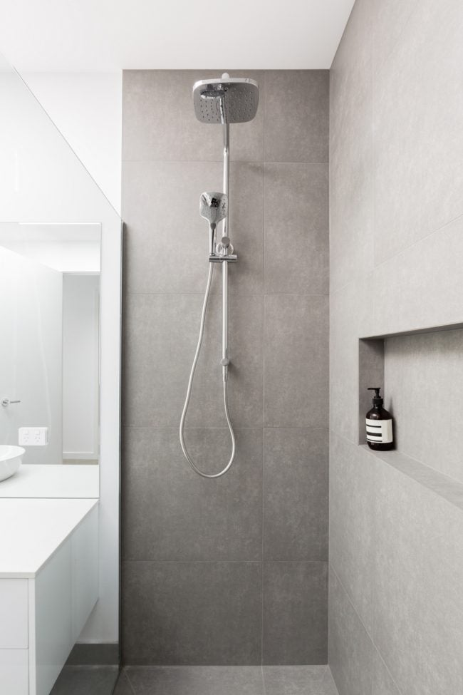 The Best Showerhead Style: Handheld/Overhead Combo