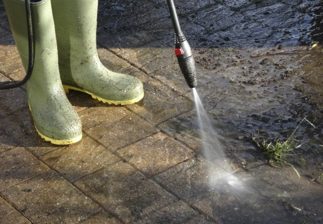 Best Pressure Washer - What to Look for in a New Pressure Washer
