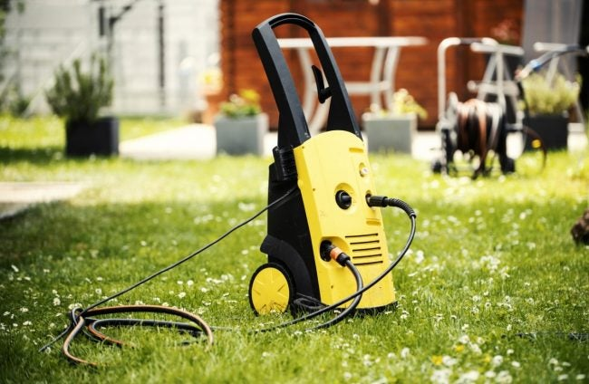4 Best Pressure Washer Options, According to Consumers | Bob